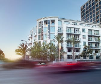 Wilshire Victoria: Two Months Free Rent, Westwood Village, Los Angeles, CA