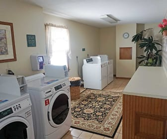 Laundry on your Floor!, Park Street Manor