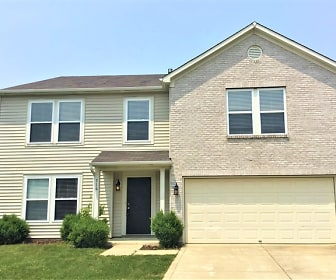 716 Hickory Pine Drive, Whiteland, IN