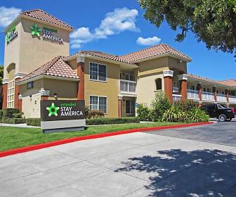 Furnished Studio - San Jose - Milpitas - McCarthy Ranch, Milpitas, CA