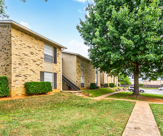 Oak Hollow Apartments, Longview, TX