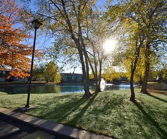 Pavilion Lakes, 47715, IN