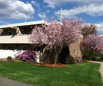 Sutton Place Apartments, Springfield College, MA
