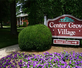 Community Signage, Center Grove Village