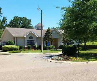 Highland Park Apartments, Clinton, MS