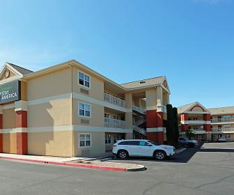 Building, Furnished Studio - Tucson - Grant Road