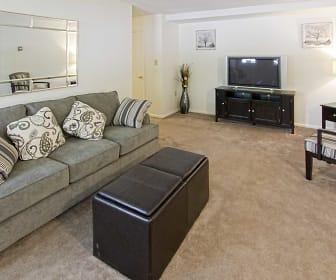 Living Room, Summerdale Apts