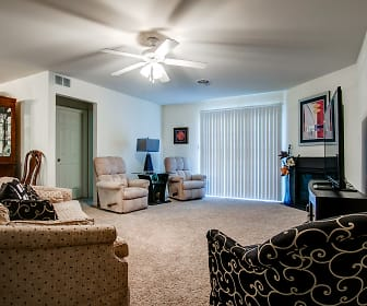 Living Room, The Reserve and Gardens at Hershey Meadows