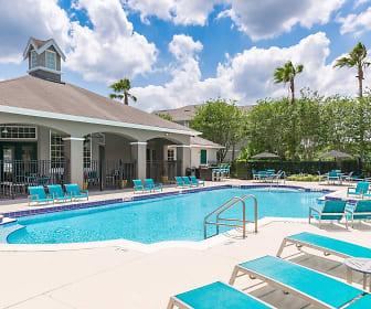 Pool, The Avenue