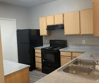 Kitchen, Marshall Meadows Apartment Homes