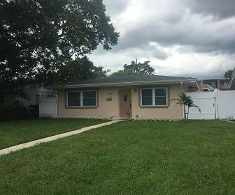 539 75th Ave N, Kenneth City, FL