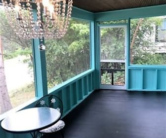 Patio / Deck, 816 Vine St