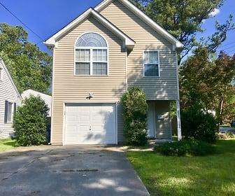 2800 Lens Ave, Fairmont Park, Norfolk, VA