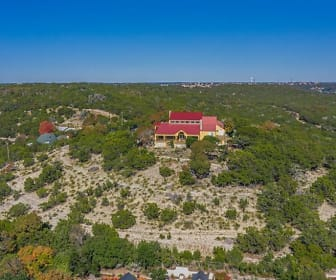 904 Olympic Dr N, Kerrville, TX