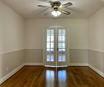 Dining Room, 4001 Case St