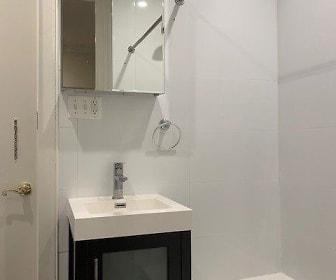Bathroom, 3660 Broadway BCR LLC 3660 Broadway