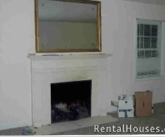 Living Room, 1704 Devondale Drive