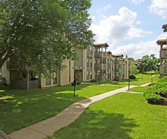 Building, Vivion Oaks