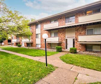 Colonial Apartments, Monticello, IL