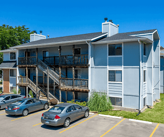 Brookfield Village Apartments, Bryan College, KS