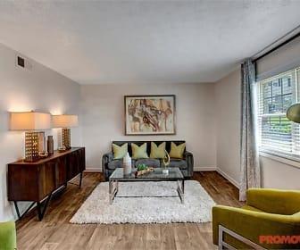 Living Room, Dunwoody Glen