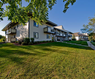 Pine Cove Apartments, 53575, WI