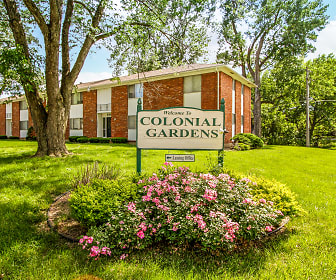 Colonial Gardens & Cherbourg Apartments, Downtown, Overland Park, KS