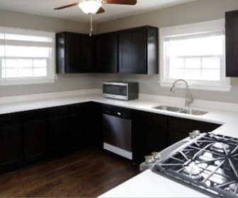 Kitchen, Warwick Court Townhomes