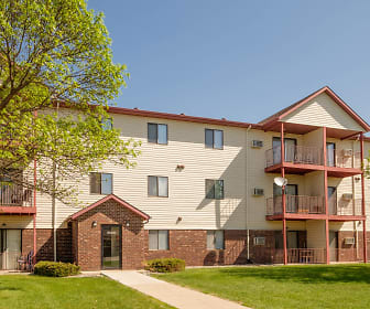 Bridgeport Apartments - Fargo, ND, South Pointe Apartments