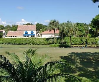 5121 Oak Hill Lane, Delray Beach, FL