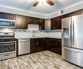 Forest Park Apartments, Fassknight, Springfield, MO