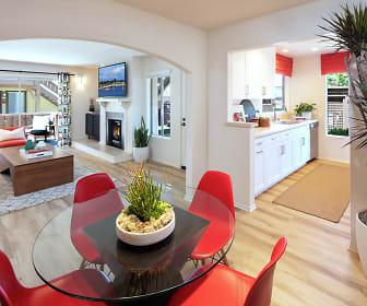 Dining Room, Woodbridge Pines