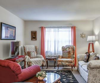 Washington and Lee Apartments, Lyon Park, Arlington, VA