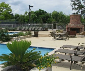 Pool, Highland Park Apartments