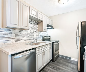 Kitchen, Windwood Apartment Homes