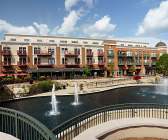 Residences Of Creekside, Gahanna, OH