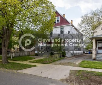 3598 W 48th St, Newburgh Heights, OH