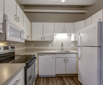 Kitchen, The Apartments At Nautica