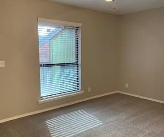 Living Room, Echo Trail