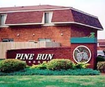 Pine Run Townhomes, Menlo Park Elementary School, Huber Heights, OH