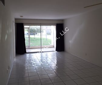 6300 South Pointe Blvd - 323, McGregor, FL