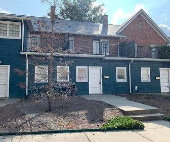 102 W. Second Avenue, Unit 110, South Gastonia, NC