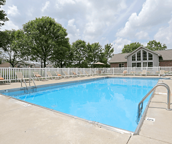 Pool, Knoxville Pointe Apartments