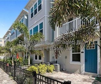 823 Burlington Ave. N, Saint Petersburg, FL