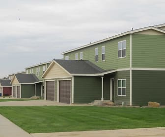 Emerald Ridge Apartment and Townhomes, Watford City, ND