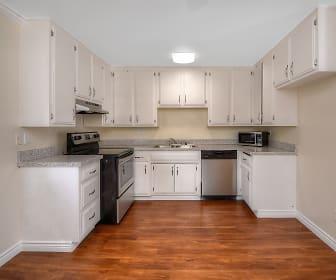 Kitchen, West Park Apartments