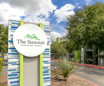 Summit Apartments, Eisenhower Middle School, San Antonio, TX