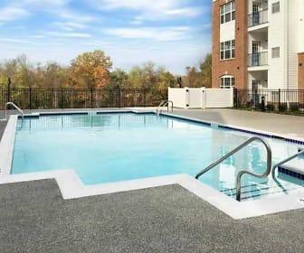 Pool, Rivergate