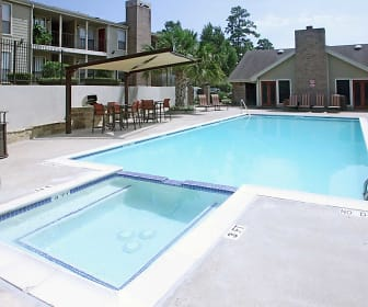 Rolling Brook Apartments, Madisonville, TX
