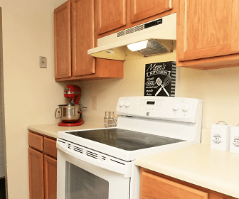 Mallard Courts Apartments, 22309, VA